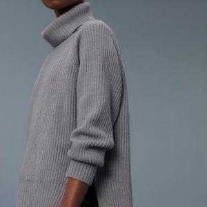 ARITZIA • Wilfred free turtleneck sweater